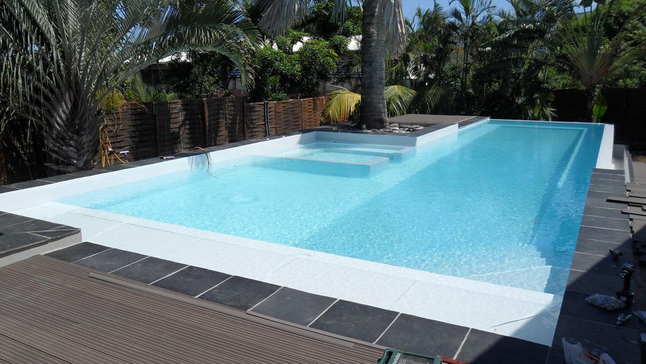 Cleanic Piscine Exemple de construction de piscine 01